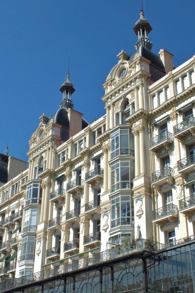 Tourism shaped Nice