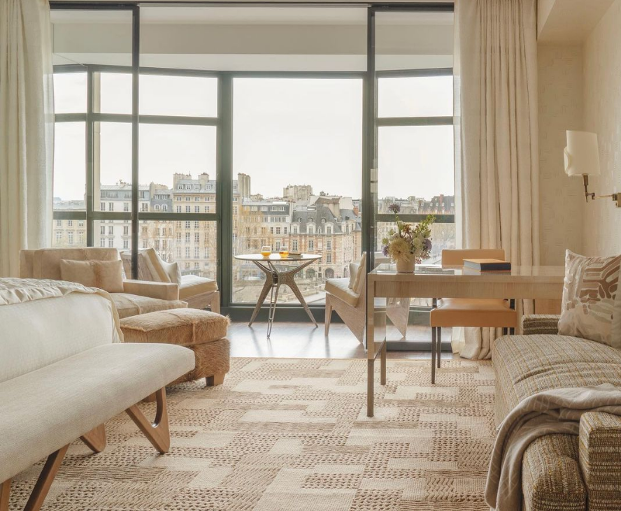 A NEW TAKE ON ULTRA-LUXURY IN PARIS